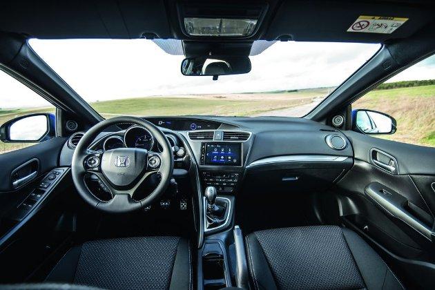 2015de Honda Civicde Hang Yenlkler Var