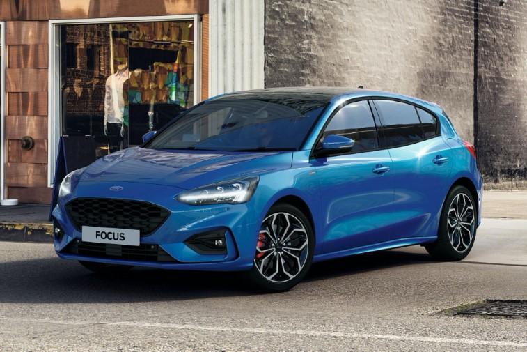 2021 ford focus Şimdi İki yeni yarı hibrit seçenekle geliyor