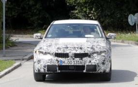 Hibrit BMW 3 Serisi resim galerisi