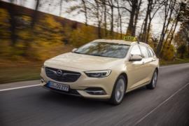 Opel Insignia Tourer taksi resim galerisi (08.12.2017)