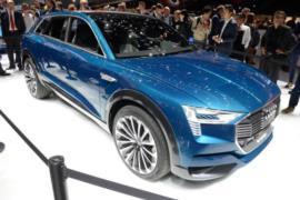 2018 Audi e-tron SUV resim galerisi (15.12.2017)