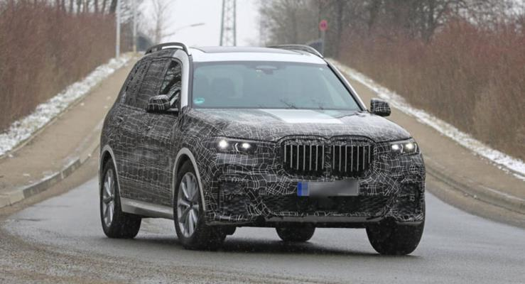 2019 BMW X7 test videosunda off-road yeteneklerini kanıtlıyor