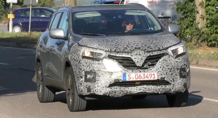 2019 Renault Kadjar yenilenen tasarımıyla görüntülendi