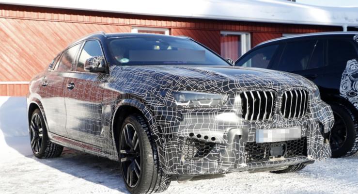 2020 BMW X6 M prototipinin iç mekanı görüntülendi
