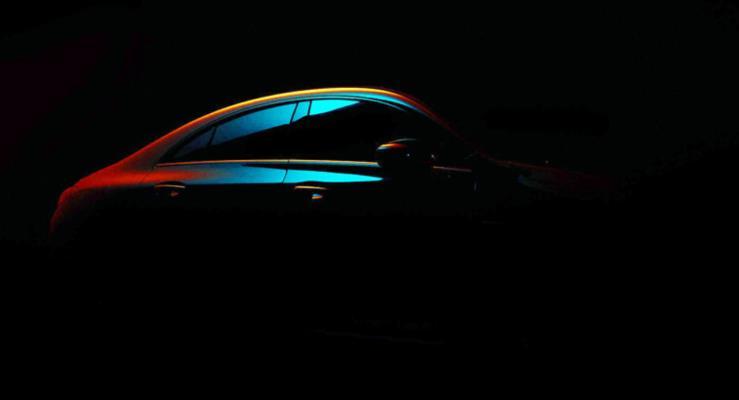 2020 Mercedes CLA sportif siluetini gösterdi