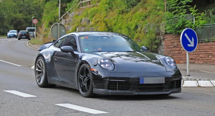 2020 Porsche 911 (992) GT3 kamuflajsız ortaya çıktı