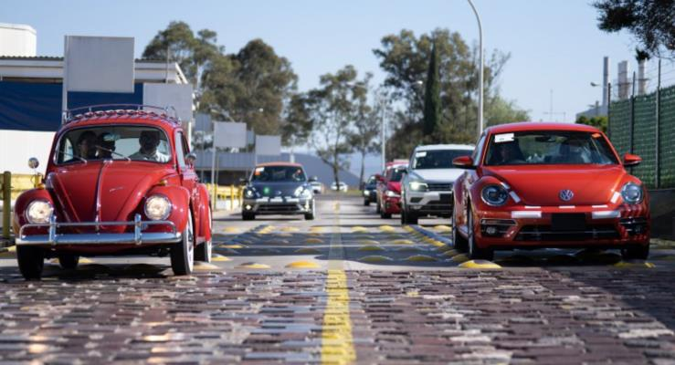 500.000 kilometreyi geçen 1966 Beetle'a Volkswagen'den ücretsiz restorasyon