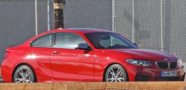 YENİ BMW 2 SERİSİ M235i İLE YÜZÜNÜ GÖSTERDİ