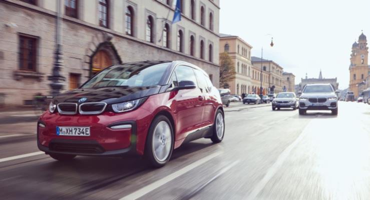 BMW Grubu 2018'de 140.000 elektrikli ve hibrit araç sattı