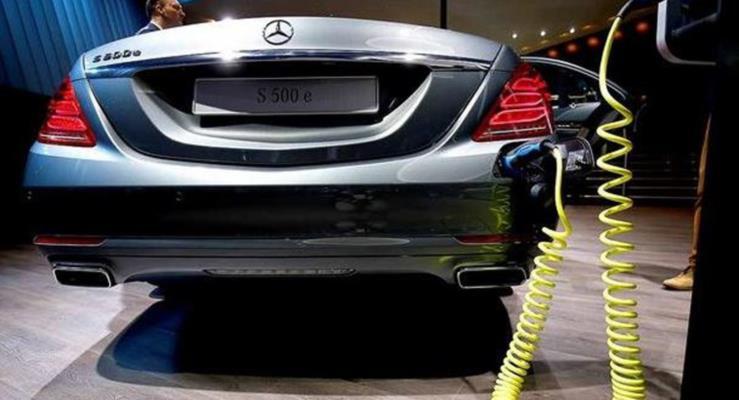 Daimler, BMW ve Volkswagen elektrikli otomobiller Tesla'yı yakalamak üzere