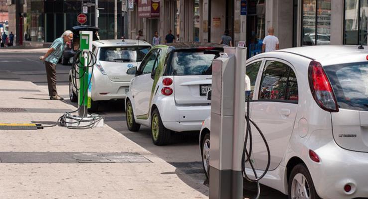 Elektrikli Araçlara Pil Vergisi!
