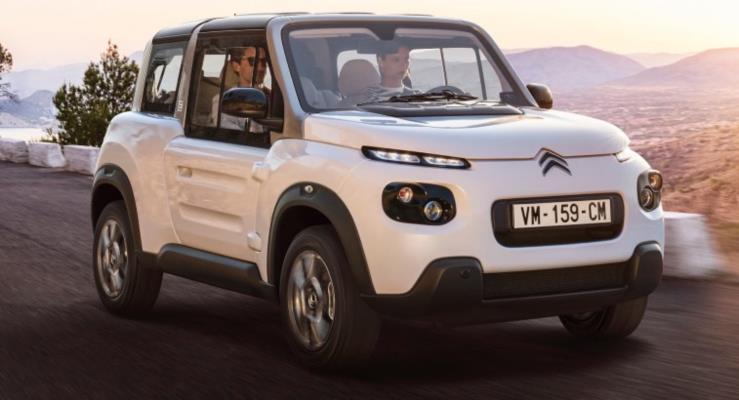 Elektrikli Citroen E-Mehari yeni iç kabini ve kapalı tavan seçeneğiyle artık daha pratik