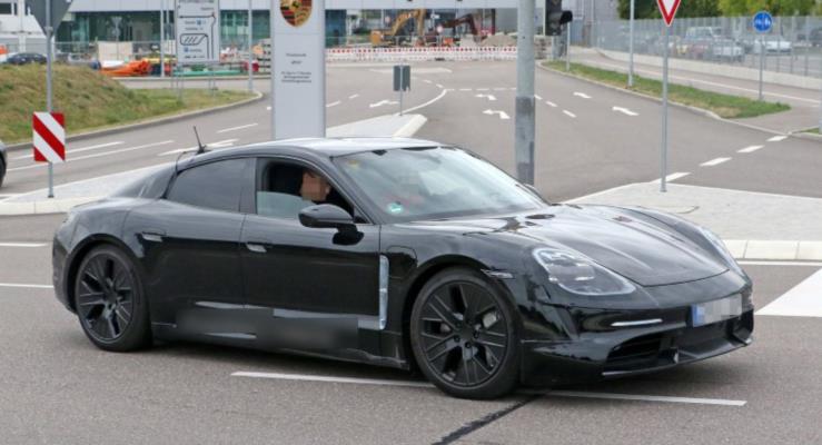 Elektrikli Porsche Taycan Tesla'dan müşteri çalıyor