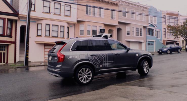 Eski Uber sürücüsü otonom prototiplerin testinde beyin sarsıntısı geçirmiş