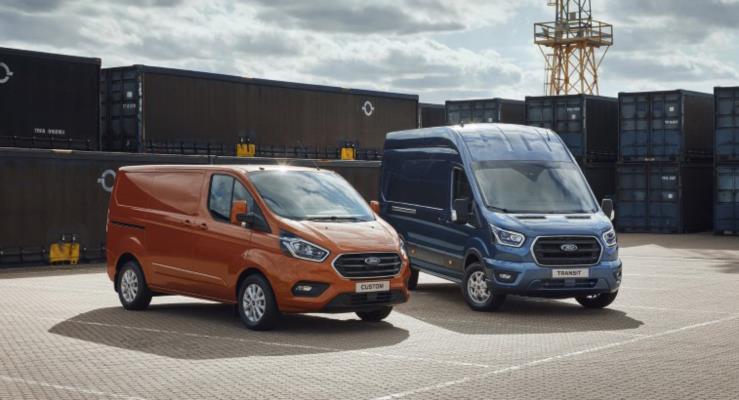 Ford yeni Transit 2 Ton, Connect ve Custom minibüslerini tanıttı