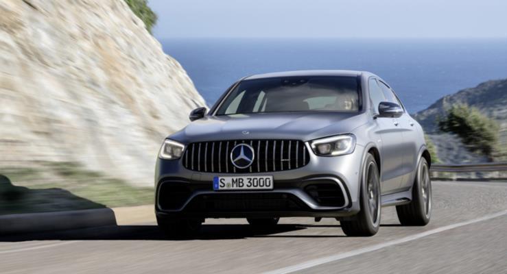 Güncellenen 2020 Mercedes-AMG GLC 63 ve GLC 63 Coupe Daha İyi Performans Vadediyor