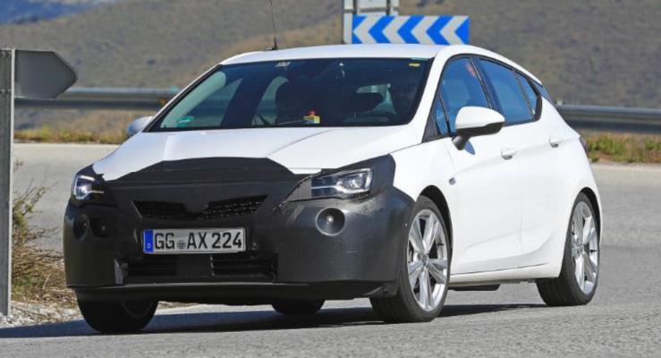 Makyajlı 2019 Opel Astra kameralara yakalandı