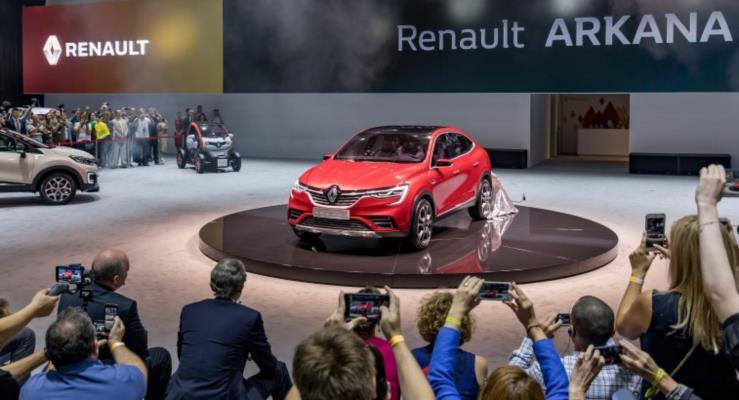 Renault Arkana'nın coupe stilinin crossover piyasasında fark yaratmasını bekliyor