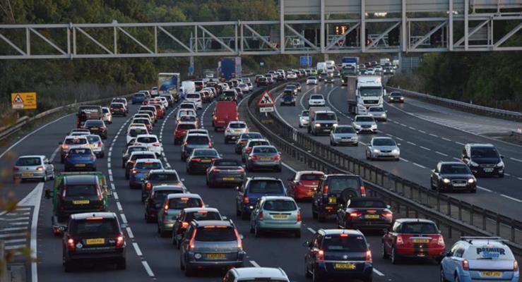 Şehir merkezine giren taşıtlardan emisyon ücreti alınacak