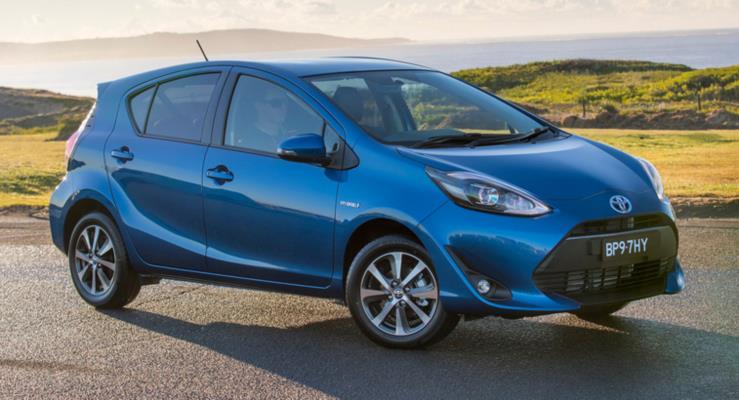 Toyota Prius C yerini Corolla Hybrid'e terk edecek