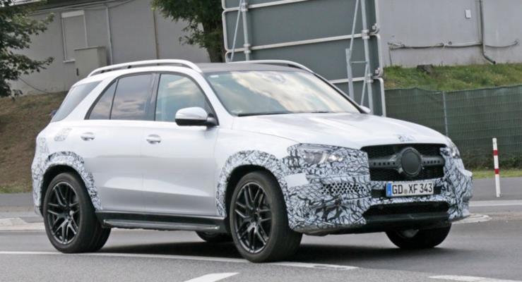 Yeni 2019 Mercedes GLE iç kabin görüntüleri