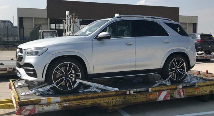 Yeni Mercedes GLE neredeyse kamuflajsız görüntülendi