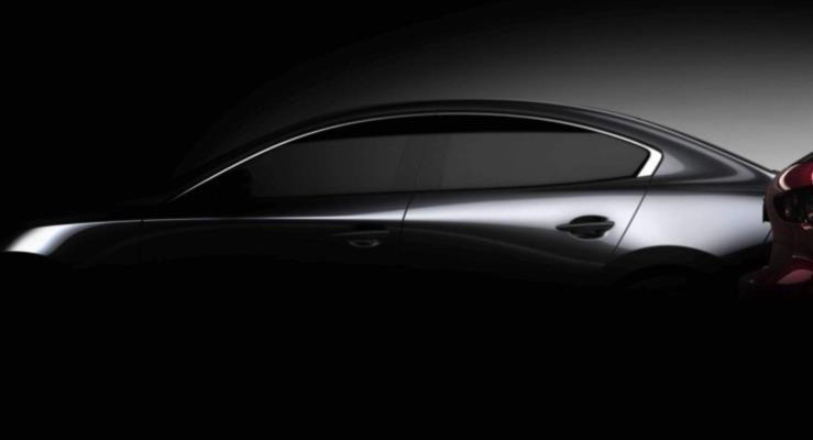 Yepyeni Mazda3 Los Angeles Otomobil Fuarı