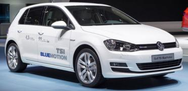 VW'N�N CENEVRE'DEK� SESS�Z YEN�L���; GOLF 1.0 TS� BLUEMOT�ON (EN AZ YAKAN BENZ�NL� GOLF)